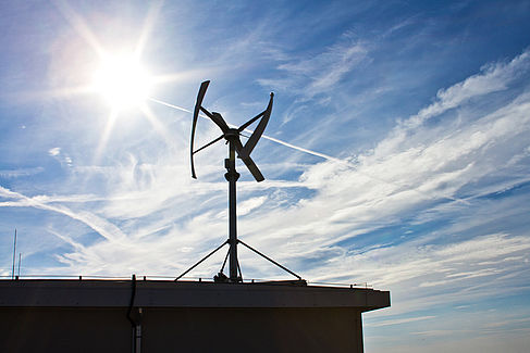 Windkraftanlage an der HTW Berlin
